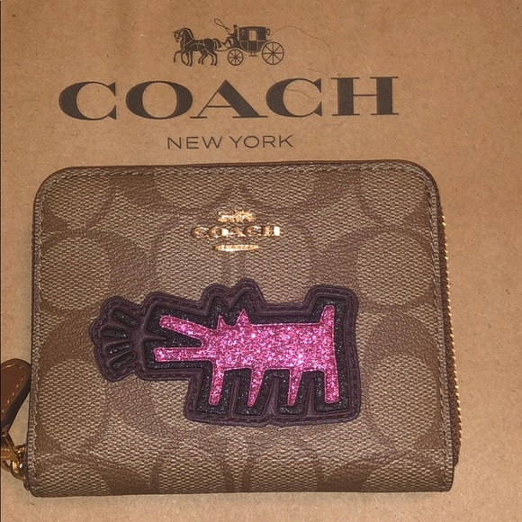 2e9d5239b7ae 100% Authentic Coach Keith Haring Collection walle